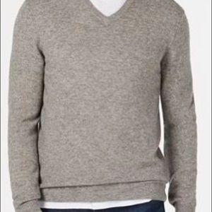 Club Room Men's V-Neck 100% Cashmere Sweater NWT